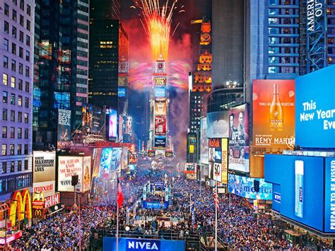 Best New Year's Eve events in NYC including parties and shows