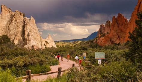 Colorado Springs Considers Paid Parking & Shuttle at