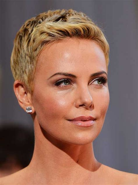 10 New Charlize Theron Pixie Haircuts | Pixie Cut