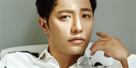 All About Jin Goo and His Wife   Channel-K