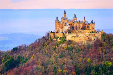 12 castles to see this year   Stripes Europe