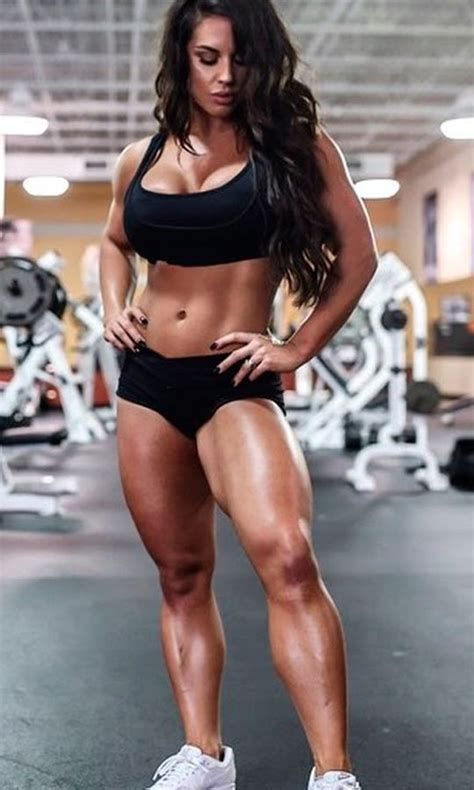 Female Fitness and Bodybuilding Beauties: WWE Diva Kaitlyn