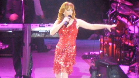 Reba McEntire Tour Dates and Concert Tickets