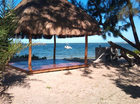 Paradise Beach Lodge, Pomene Bay, Mozambique