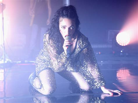 FKA Twigs, M3LL155X - Album review: Dancing to her own