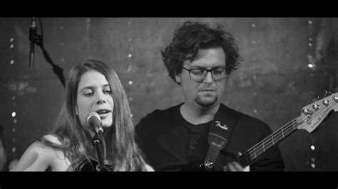 Eve & the Serpents - Paint the Walls - YouTube